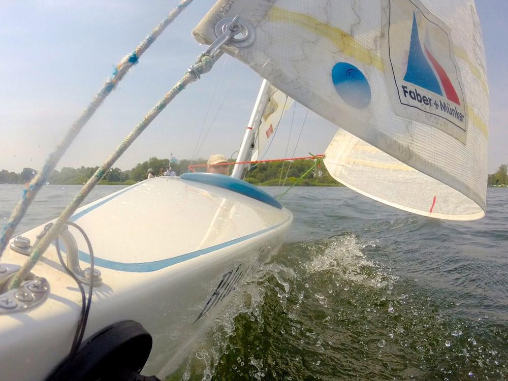 Integratives Segeln mit der Bootsklasse 2.4mR